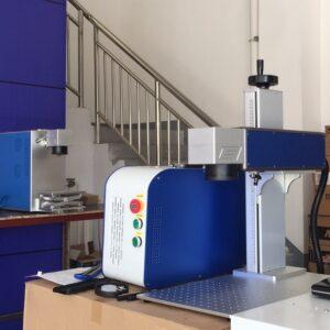 Máy khắc laser kim loại mini giá rẻ. Mẫu mới năm 2021